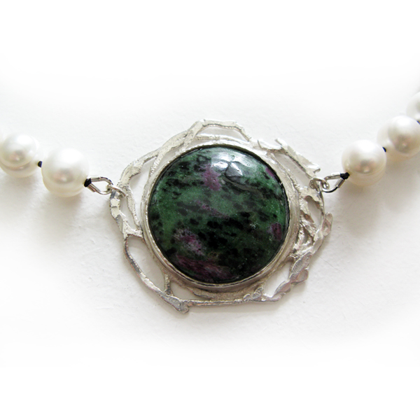 pearl, silver, stone necklet